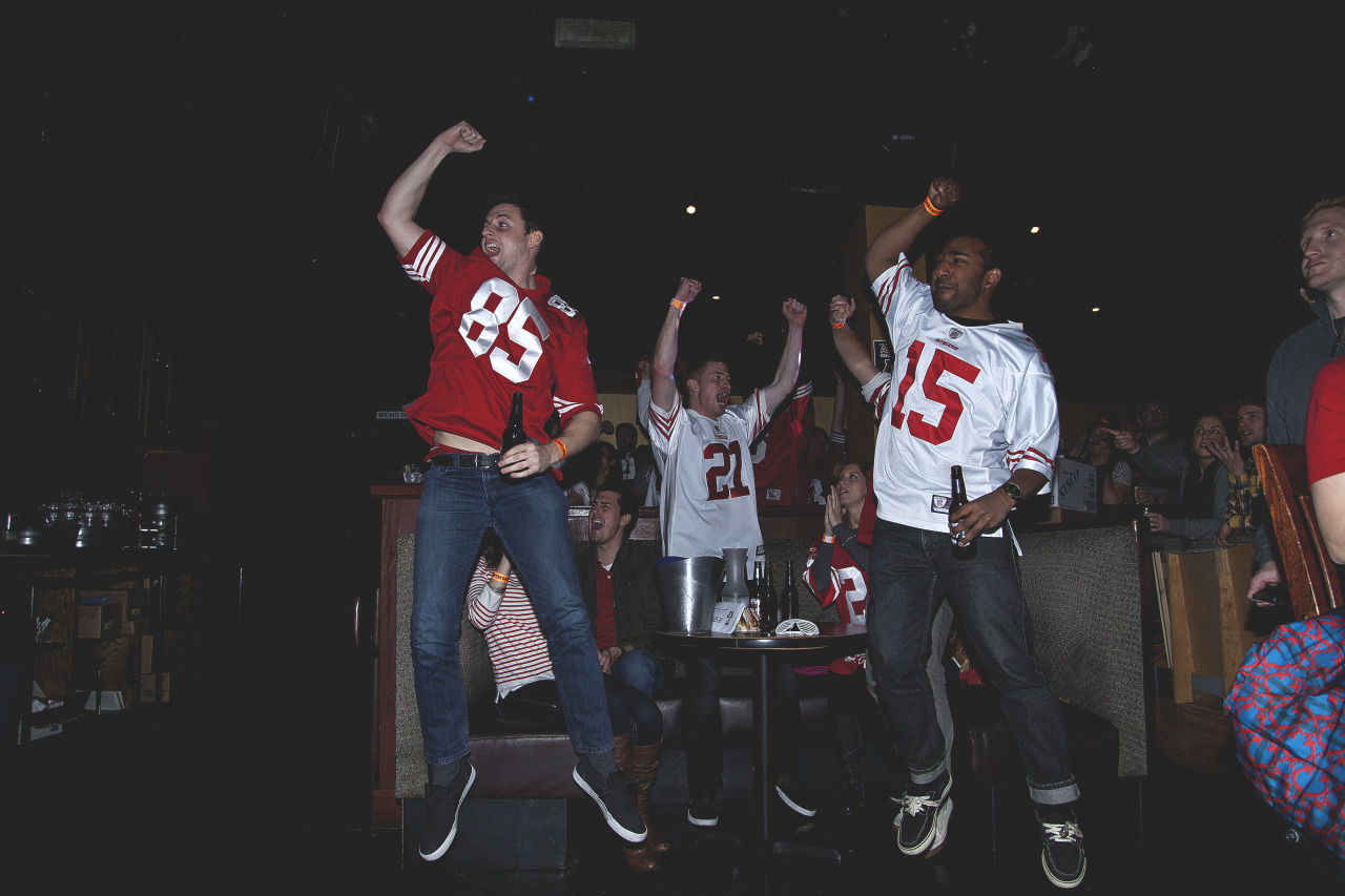 evanthompsonphotography:  Giants win the series.. 49ers win the.. | Evan Thompson Photography