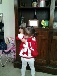 LIttle girl #Kaepernicking