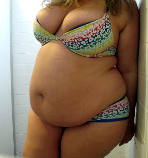 gaining-ni-ki:T &amp A, not forgetting the belly.She is fantastic!