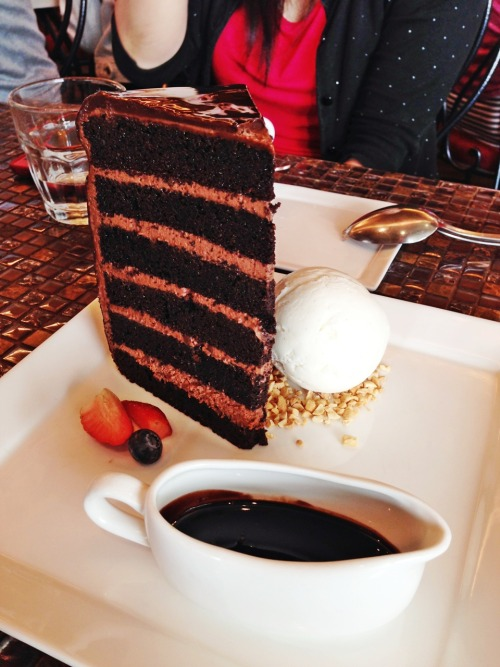 Au Chocolat Tower Cake