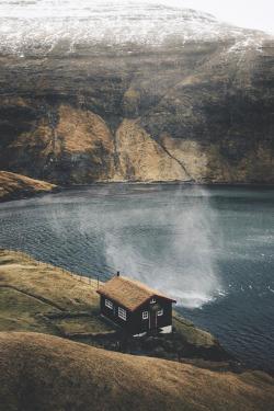 uploads lake landscape water mountains nature travel cabin