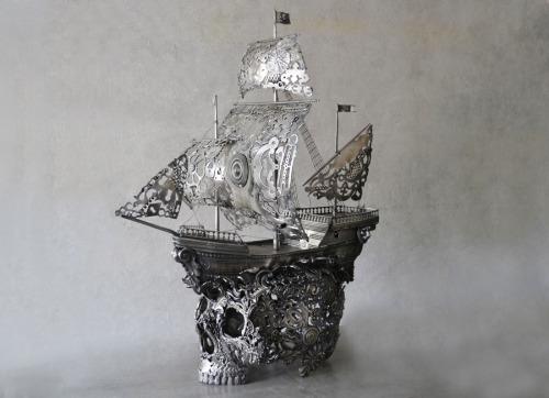sculpture steampunk Macabre steam punk recycled Skull head steampunk tendencies Metal Art Uplycled