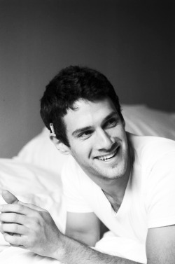 men-in-black-and-white:  Justin Bartha