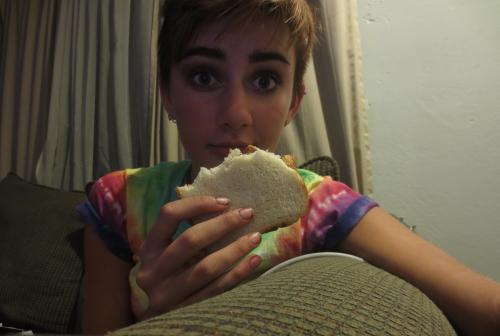 high there peanut butter sandwich, you satisfy my munchies very well.