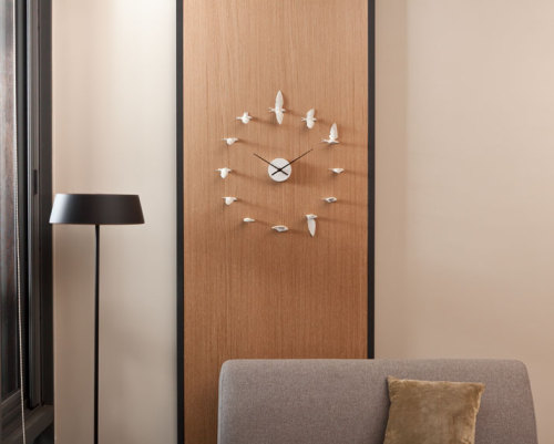 The Swallow Clock By Haoshi Design Studio