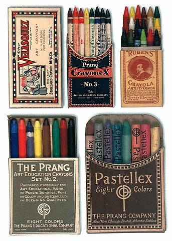 //WE LOVE…//These vintage crayon boxes - the fonts are pretty fantastic, don't you agree? FB - www.facebook.com/junkfunkshop IG - junkfunkshop