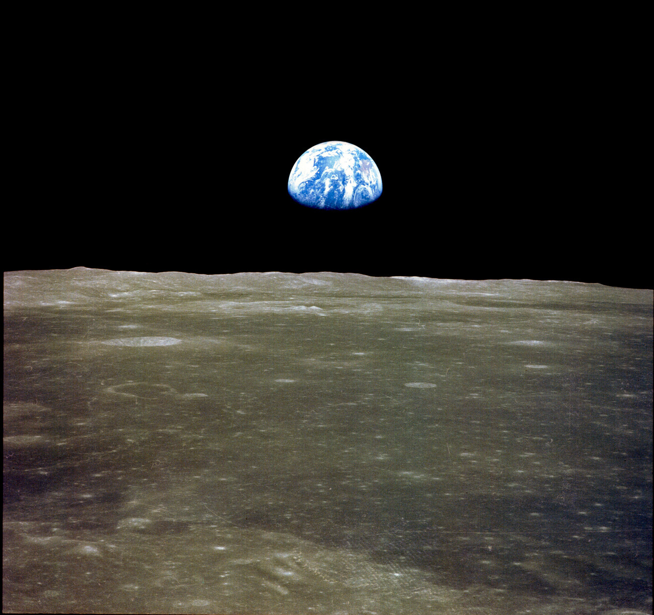 Earthrise. Apollo 11. NASA. 1969.