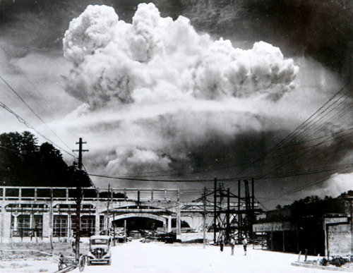 collectivehistory:  The exact moment of the atomic bomb detonation at Nagasaki. August 9, 1945 (Nagasaki Atomic Bomb Museum/Corbis)