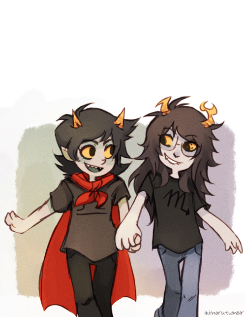 elikiterus:  ikimaru:  little scourge sisters being happy! c: didn't feel like turning this into a sad picture
