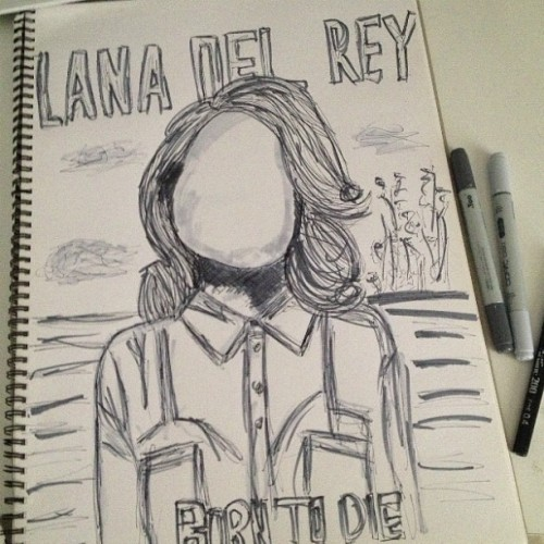 A beautiful faceless lana del rey. Quick sketch I did. :)