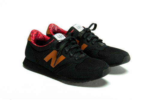 anchordivision:  Herschel x New Balance.  I need these! x