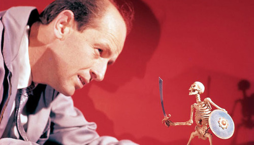 fuckyeahbehindthescenes:  It took Ray Harryhausen four months to produce the skeleton scene, a massive amount of time for a scene which lasts, at the most, three minutes. Jason and the Argonauts (1963)