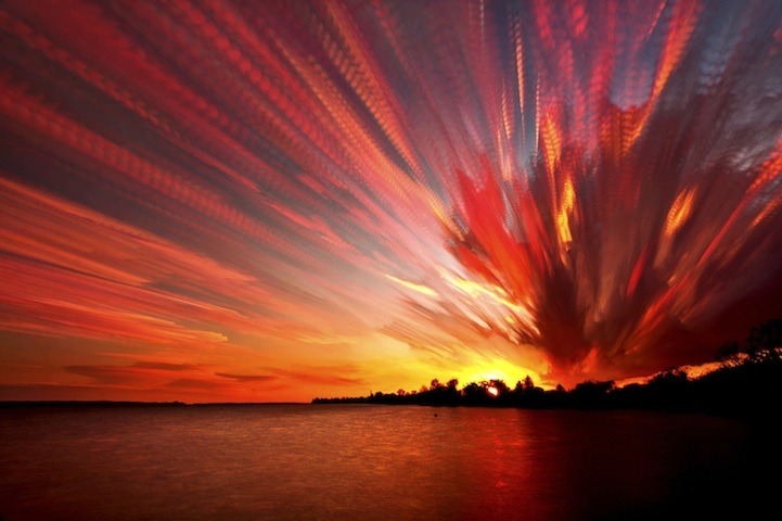 expose-the-light:   Smeared Sky Photos by Matt Molloy