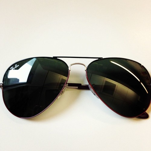 Two tone @RayBan_Eyewear aviators are perfect for the Winter months.