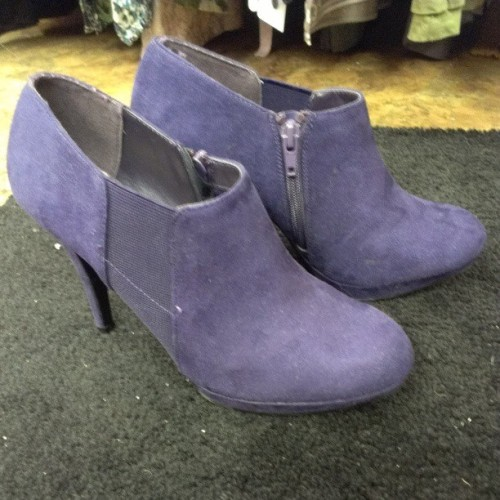 Impo stretch purple booties size 7