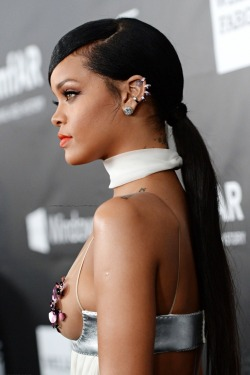 pretty Rihanna hair fashion music beautiful white stunning Celebs fresh Model luxury lovely makeup Make up news black hair Black beauty fashion model amfAR amfAR gala Amfar Inspiration inspiration gala amfar 2014