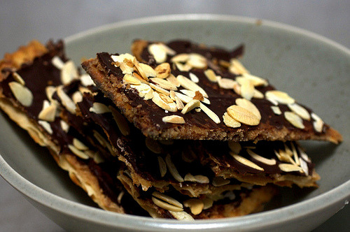Chocolate caramel crackers? Yes, please. Get the recipe.