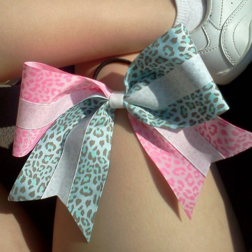 bow for someone on my team <3