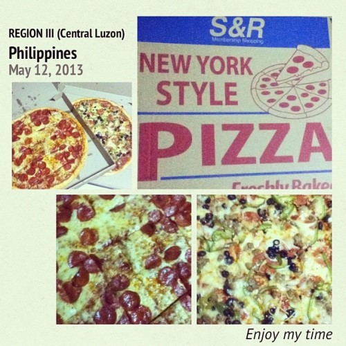 pizza for dinner :) #InstaMag