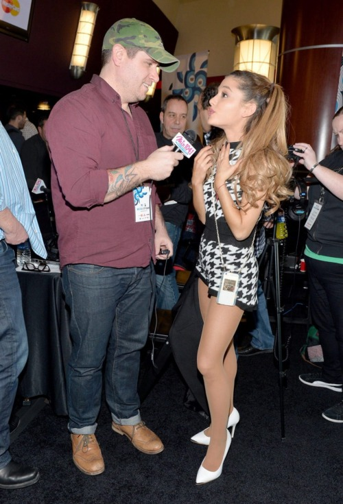 arianagrandetights: Ariana Grande – Pantyhose and white high…