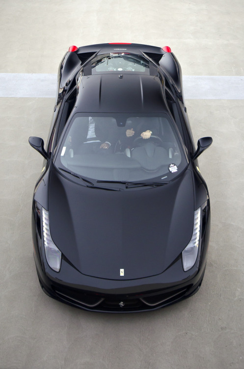 eagl3:  crash—test:  Black Ferrari 458 Italia (by Axion23)