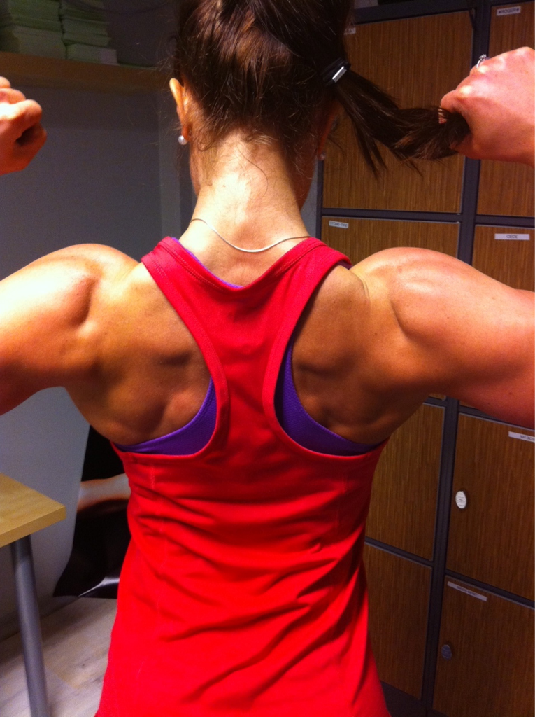 sexygymbabe:  Hardbody Hotties rocking their muscles and toned bodies! Updated Daily!  Damn look at her back