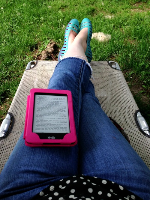 Happy place with Storm of Swords, a breeze, and shade.
