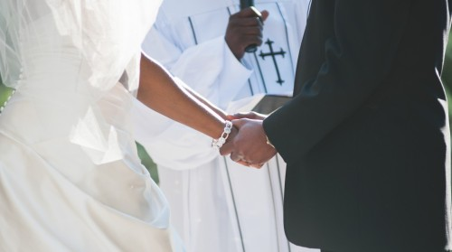 Check out tips on how to rock your wedding vows here: http://bit.ly/12kUagc