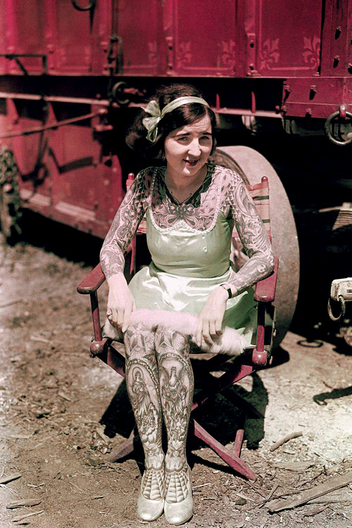 vintagegal:  Tattooed Lady photographed for National Geographic, 1931 (via)