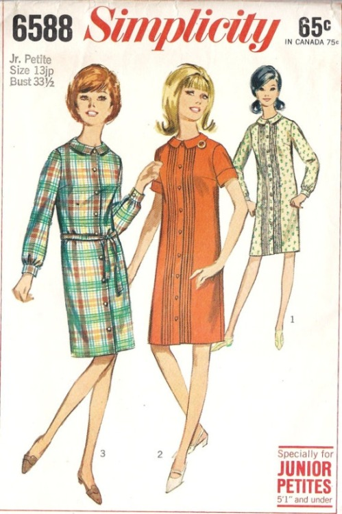 theswinginsixties:  1960s Simplicity junior shift dress sewing pattern illustrations.  Gyatolcsy Mörgynek szeretettel