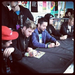 @whereisadtr Signing right now at the Altpress tent! Who is excited to see these guys tonight?