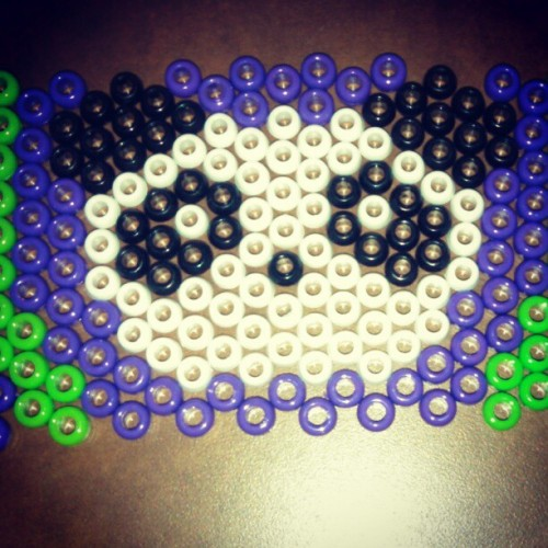 raven-like-a-writing-desk:  Kandi making time!! #toobuku #rave #PandaProblems