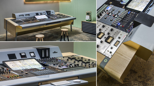 UM project bespoke retrofuturistic console design -  Mixing console for analog equipment including late 1960?s WSW (Wiener Schwachstromwerke) and modern-day Tonelux, developedfor Brian Bender's The Motherbrain recording studioPhotography: Francis Dzikowksi/ Esto