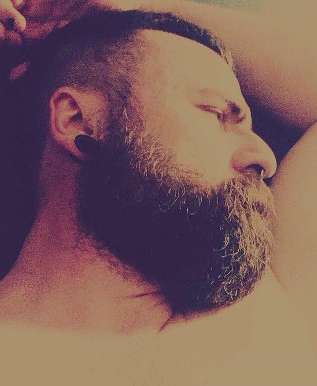 2018-11-23 16:03:32 - bearbro78 on instagram beardburnme http://www.neofic.com