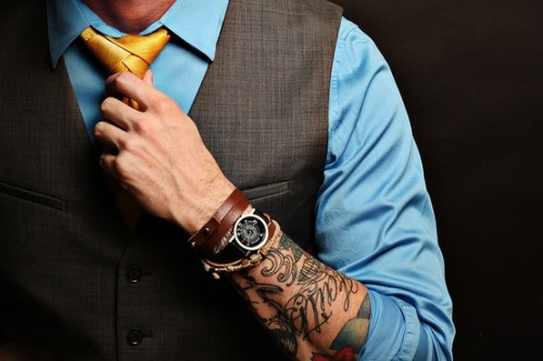 Also for your Thursday, tattoos + suit & tie.