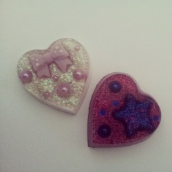 So happy with how these turned out. #resin  #crafts  #hearts #glamasaurus