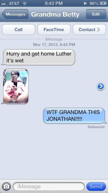 tarynel:  rockybreaux:  thisiselliz:  nigerianscams:  Hurry up Luther  lmao  scarred.   LMFAOOOOOO  That's why Grandma ain't supposed to have no iPhone
