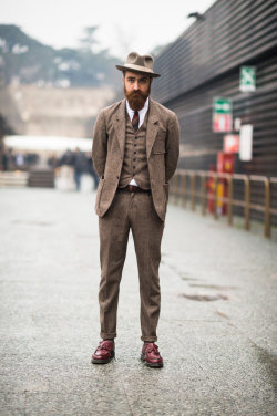 forinsidemyhead:  dandyportraits:  menswear is definitely better than women fashion these days iqfashion:  Matteo Gioli wears a Camo suit with a Super Duper hat, Eton shirt and Dr. Martens shoes. Source: tmagazine.blogs.nytimes.com   Well done, Pitti.