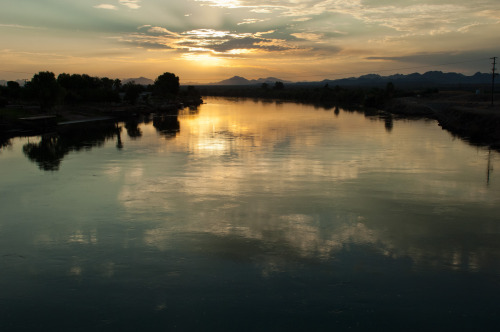 Sunrise over the Colorado River near Blythe, CA. Photo by Alexander Stephens, Bureau of Reclamation.