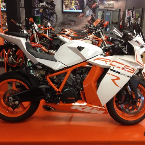 "#KTM_RC8 ""pretty slick"" #instamotogallery #bikes #ride #sweet (at Fay Myers Motorcycle World)"