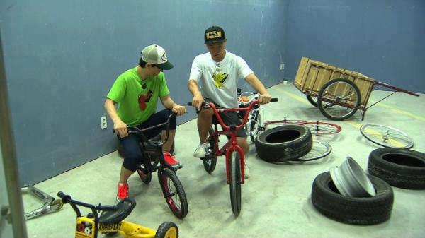 Yoo Jae Suk and Gary~^^ They are so childish, aren't they?