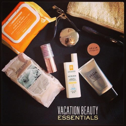 Beauty essentials for your beach-bound getaway! On the blog at sendthetrend.com/blog