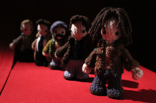 bad-moon-rising:  Supernatural Mini Amigurumis Fan of Supernatural AND love to crochet? Welcome to my world. I just came across this on Ravelry. Awesome. http://www.ravelry.com/patterns/library/supernatural-mini-amigurumis