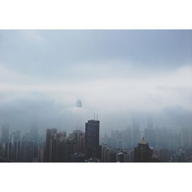 Yesterday's passing fog. #latergram  (at The Peak Tower 凌霄閣)