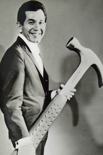Trini Lopez and his Big Hammer  DULL TOOL DIM BULB the ART BLOG