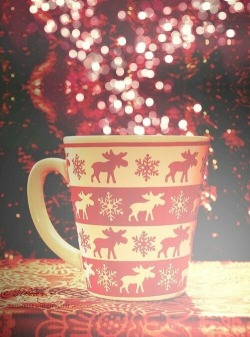 winter holiday reindeer mug warm snuggle sparkle