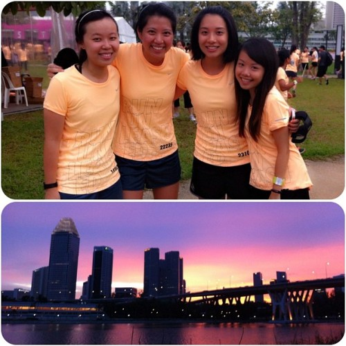 Running into the #sunset at #nikesheruns with @whatthemich @szeminny and dorc! #runfree #fitness #instasg  (at Bay East (Gardens by the Bay))