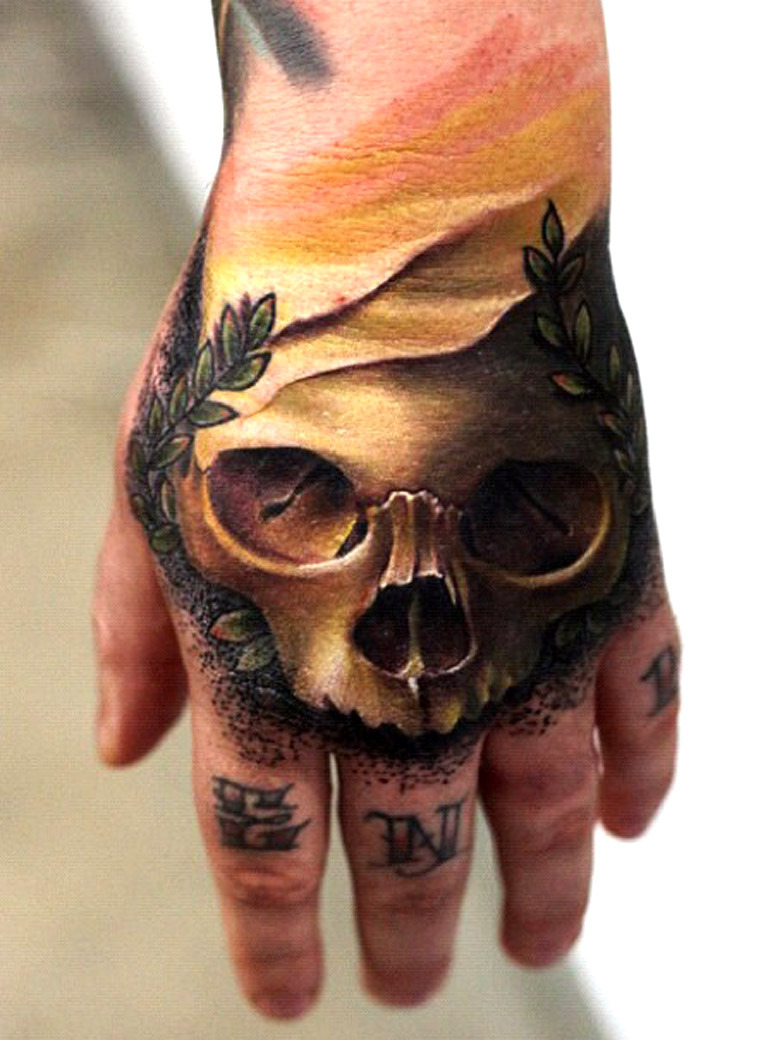 thievinggenius:  Tattoo done by Mick Squires.