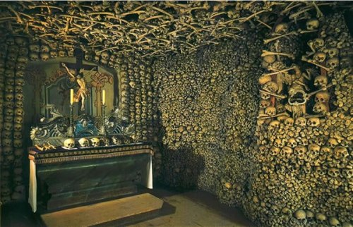 blackpaint20:  Skull Chapel in Czermna