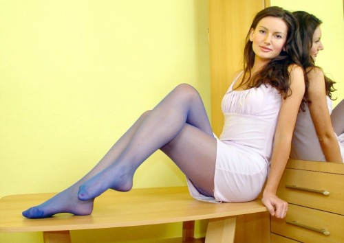 Elegant in sheer blue #pantyhose #tights #collants